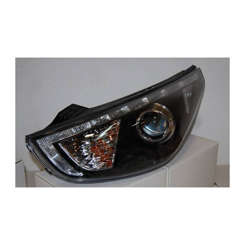 phare avant lumi re de jour hyundai ix35 10 noir convert cars. Black Bedroom Furniture Sets. Home Design Ideas